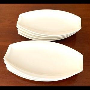Eight porcelain desert salad plate cool boat shape